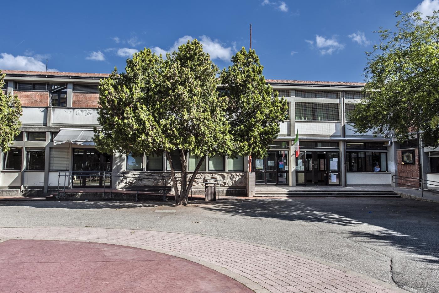primaria-capoluogo-via-leonardo-da-vincii-2014